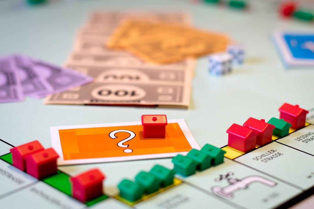 Un plateau de monopoly